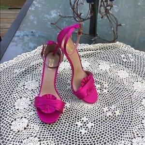 Brash  NWOT Women's Hot Pink Heels Size 11